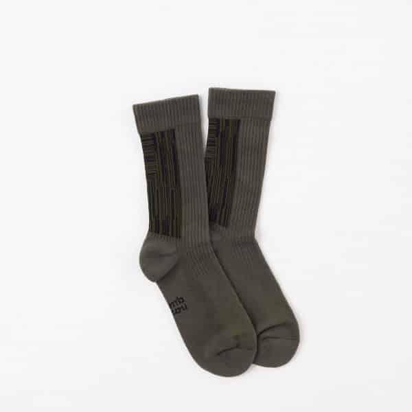 Nozzle Quiz-Landing R-Midcalf Socks-Olive Green-4
